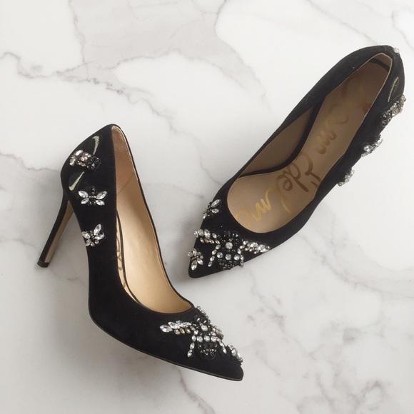 36e9779f5ebf34 Sam Edelman Hazel 3 embellished bee heels. M 5aefab655521bece95b2e07e